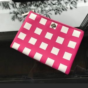 Authentic Kate Spade ♠️  pink/white clutch, EUC